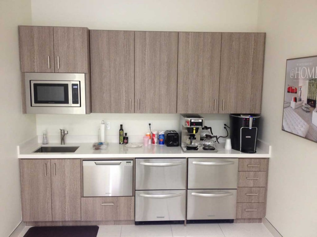 COMMERCIAL OFFICE KITCHENETTE – BEECHWOOD ~ INDIAN WELLS