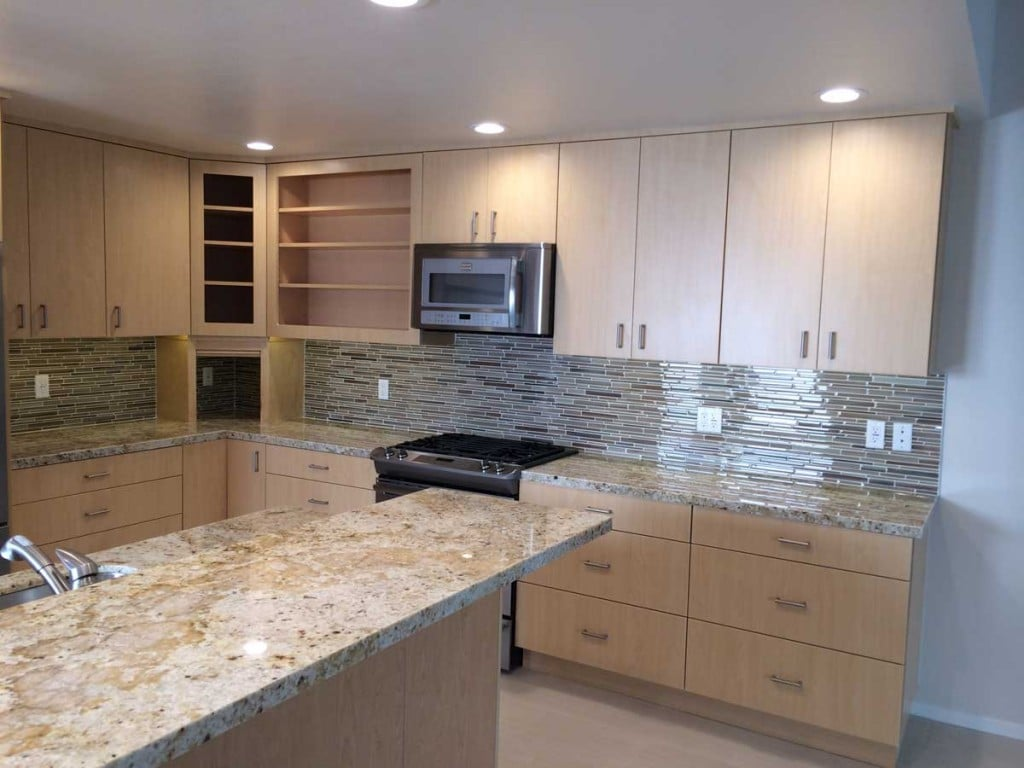 HARD ROCK MAPLE THERMOFOIL KITCHEN CABINETS ~ PALM SPRINGS